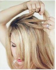 Разделение пряди волос на три