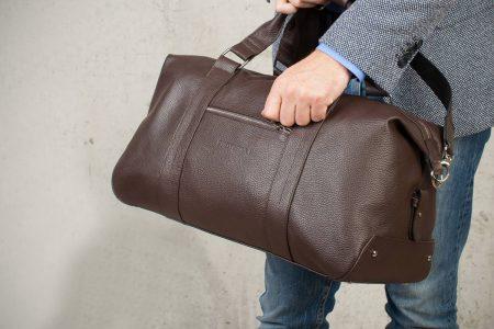 Кожаная сумка - лучший подарок мужчине
