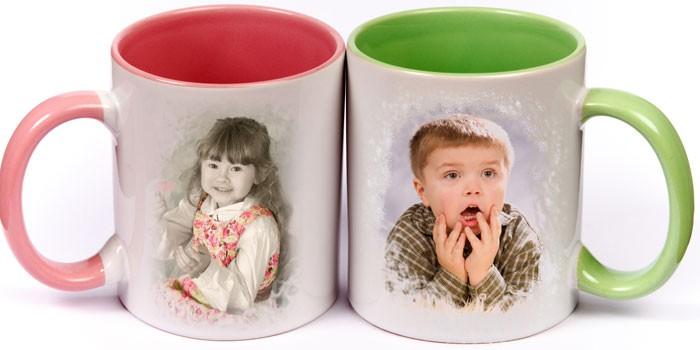 2 кружки с детскими фото мальчика и девочки