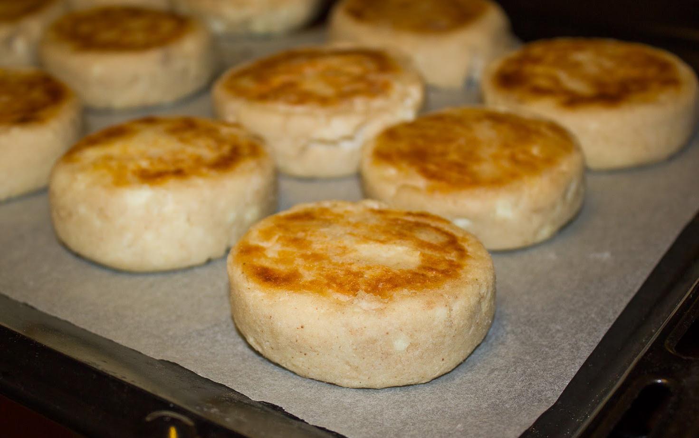 Приготовление сырников из творога в духовке пошаговый рецепт