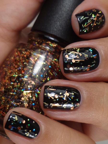 гель-лак с блёстками на всей поверхности ногтей
