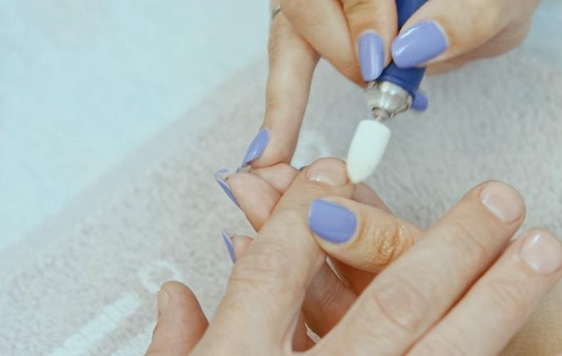 Полировка ногтя