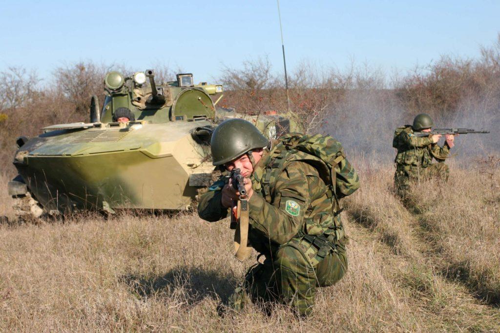 армия на поле боя