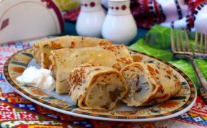 Блины с начинкой из печени с картофелем