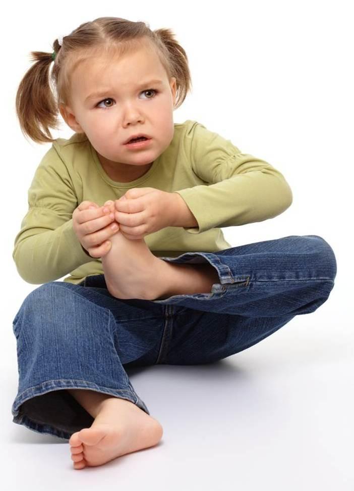 Болит нога у ребёнка
