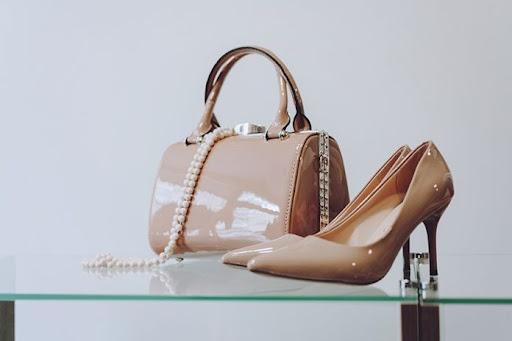 цвет сумки к туфлям