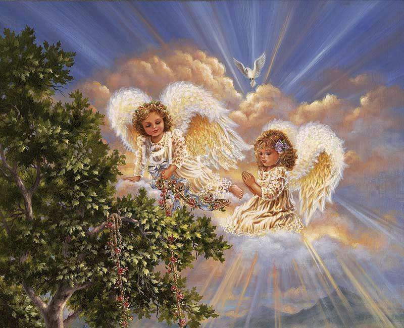 Два ангелочка с белыми крыльями