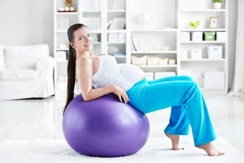 Упражнение на мяче в картинках для беременных