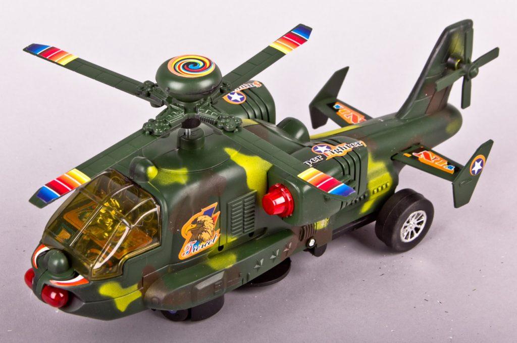 Игрушечный вертолёт