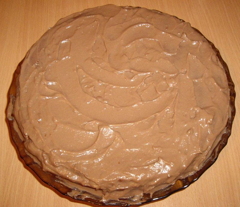 Прослойка торта кремом