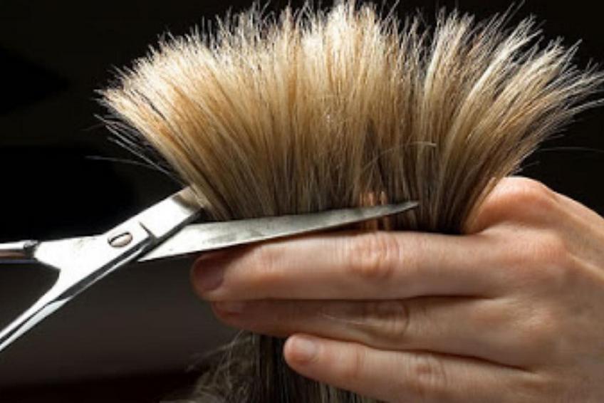 когда подстригать волосы