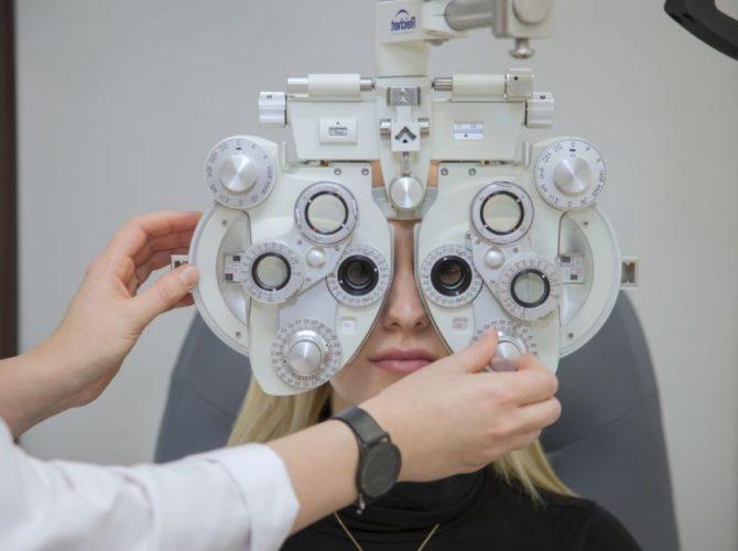 глаза после лазерной коррекции зрения