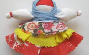 Косынка с повойником на кукле Колокольчик
