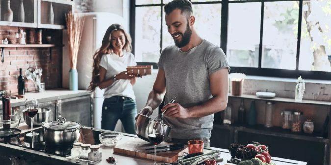 кухонное оборудование и посуда