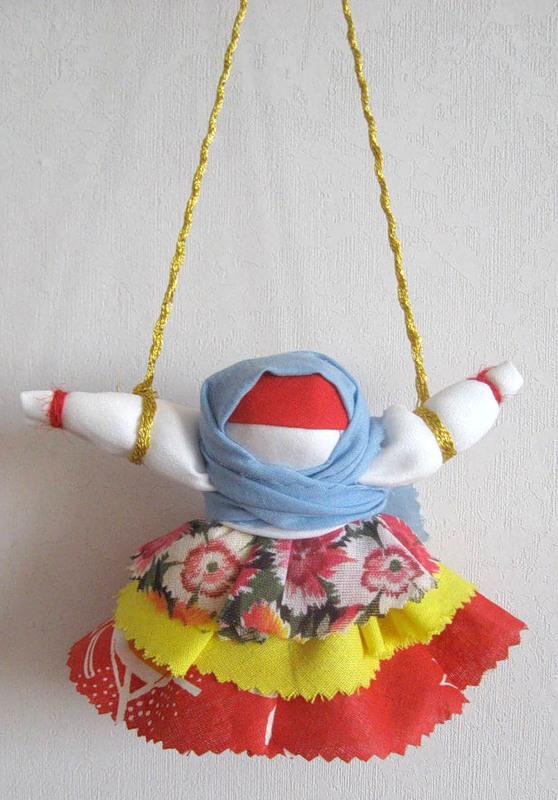 Кукла Колокольчик с тесьмой