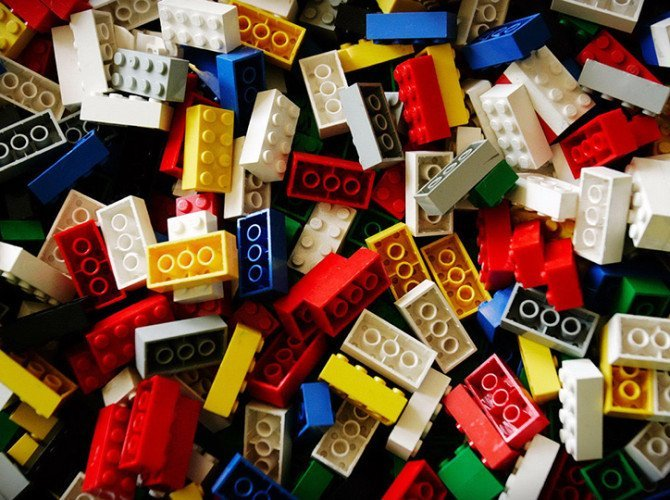 лего-игрушки