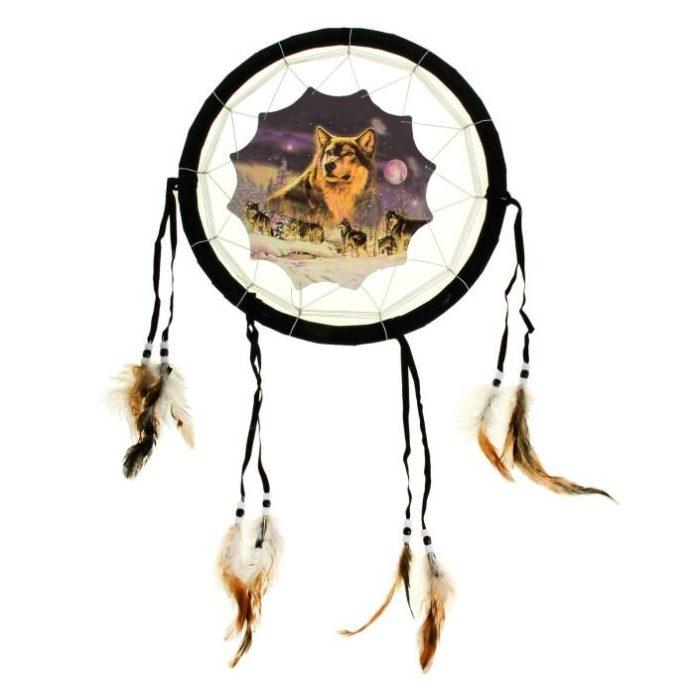 Ловец снов с изображением волка