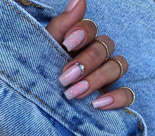 гибридный лак для ногтей