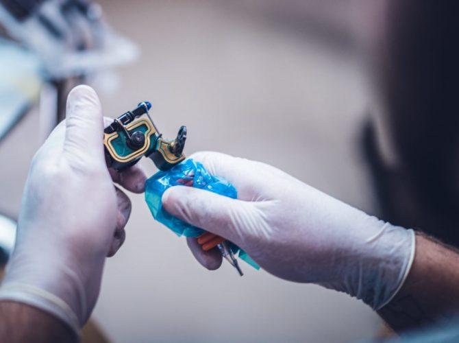 машинка для татуажа