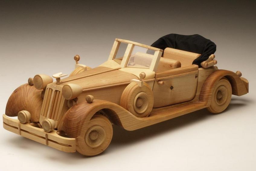 Машинки из дерева