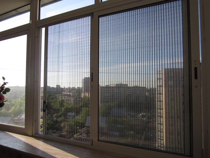 Москитная сетка на окне