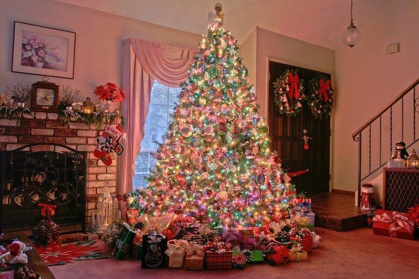 Как украсить дом и новогоднюю елку в 2016 году