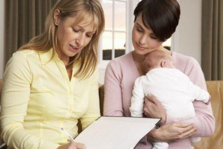 Как выбрать няню для ребенка ?