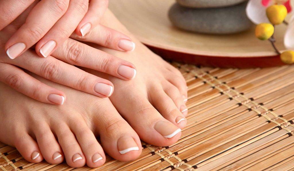 Ухоженные ногти на руках и ногах
