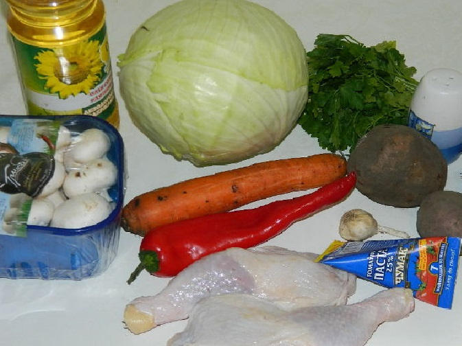 Овощи, масло, томатная паста, курятина