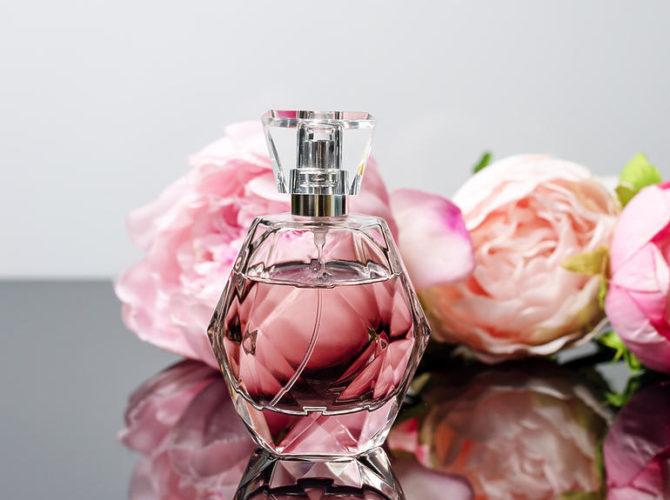 Духи с эссенцией розы