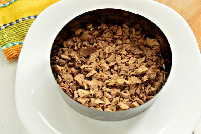 Печень в форме для салата