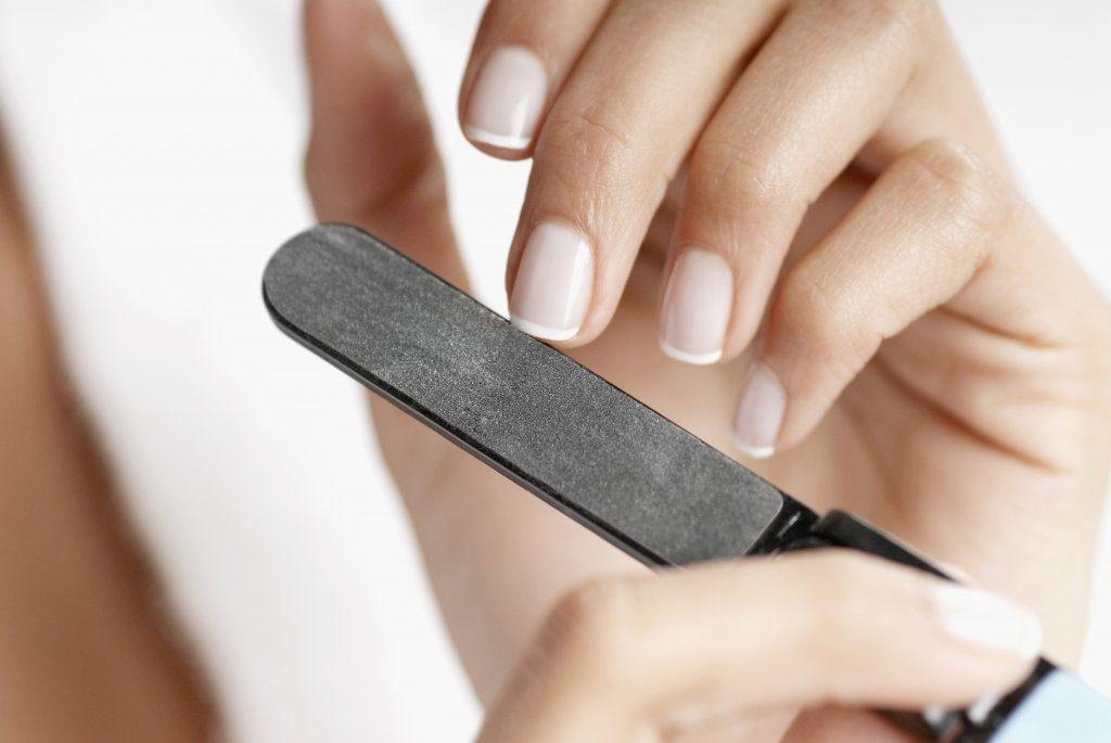 Коррекция формы ногтя