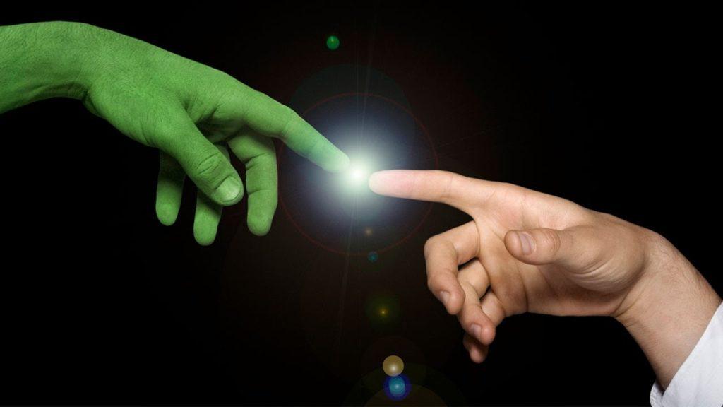 подружиться с пришельцем