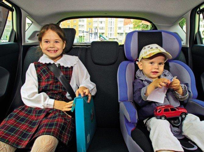 дети до 10 лет в машине