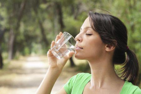 На сколько можно похудеть, если пить воду?