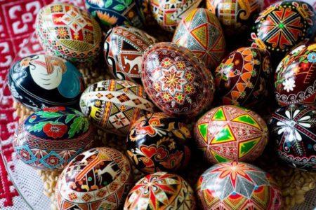 Традиция на Пасху: украшение яиц разными способами своими руками