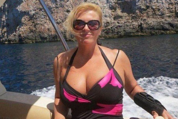 Фото президента Хорватии в купальнике