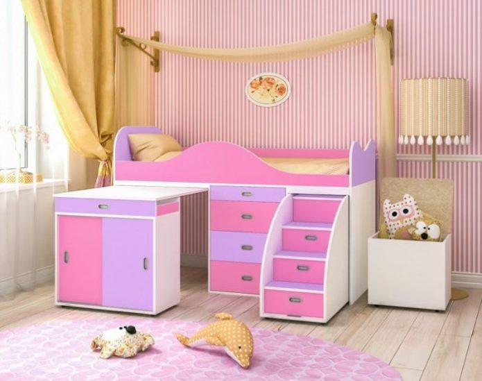Кровать с выдвижной лестницей