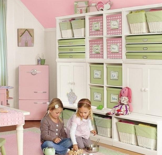 Шкаф с ящиками и отсеками