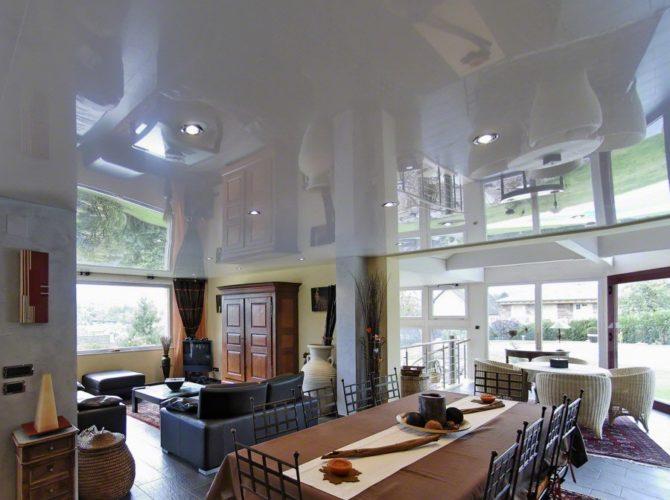потолок подвесной зеркальный