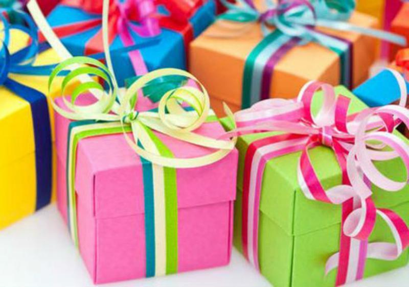 Какие подарки подарить детям в школе 33
