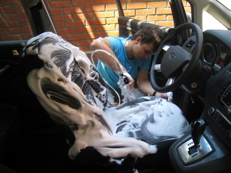 Самостоятельная химчистка салона автомобиля