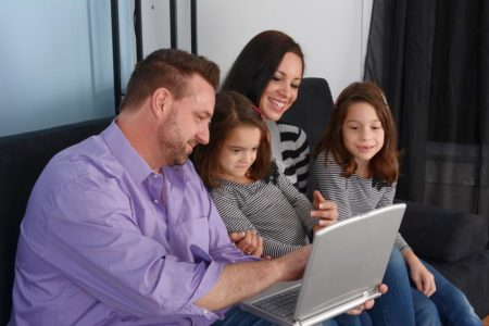 Семейное обучение: как правильно его организовать