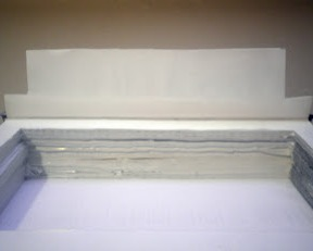 Сложенный дважды первый лист книги