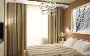 Удачное сочетание штор и текстиля спальни