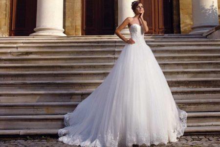 Модные свадебные платья 2018: весна-лето (ФОТО)