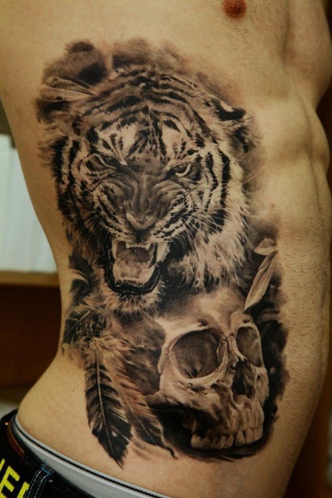 Тату с тигром