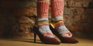 Как растянуть обувь из лакированной кожи