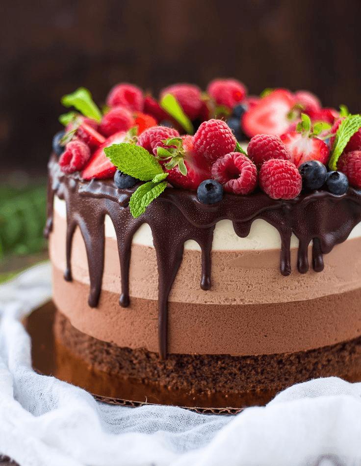 Покупной торт Три шоколада