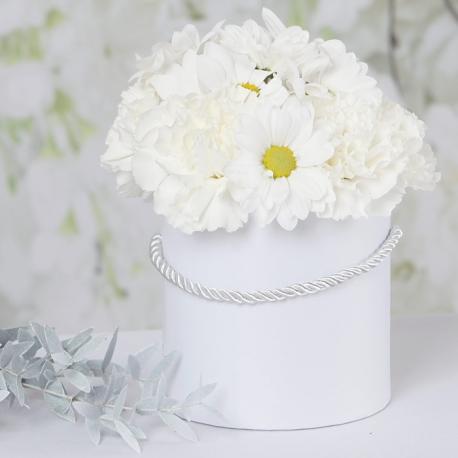 картинки цветы в коробке с днем рождения
